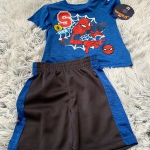 Spider-Man Boy Set NWT size 2T